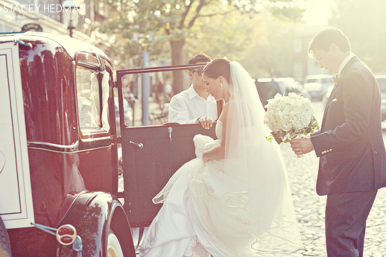 old fashioned car for nantucket wedding