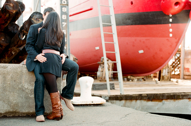 shipbuilding engagement photos on the chelsea boat docks