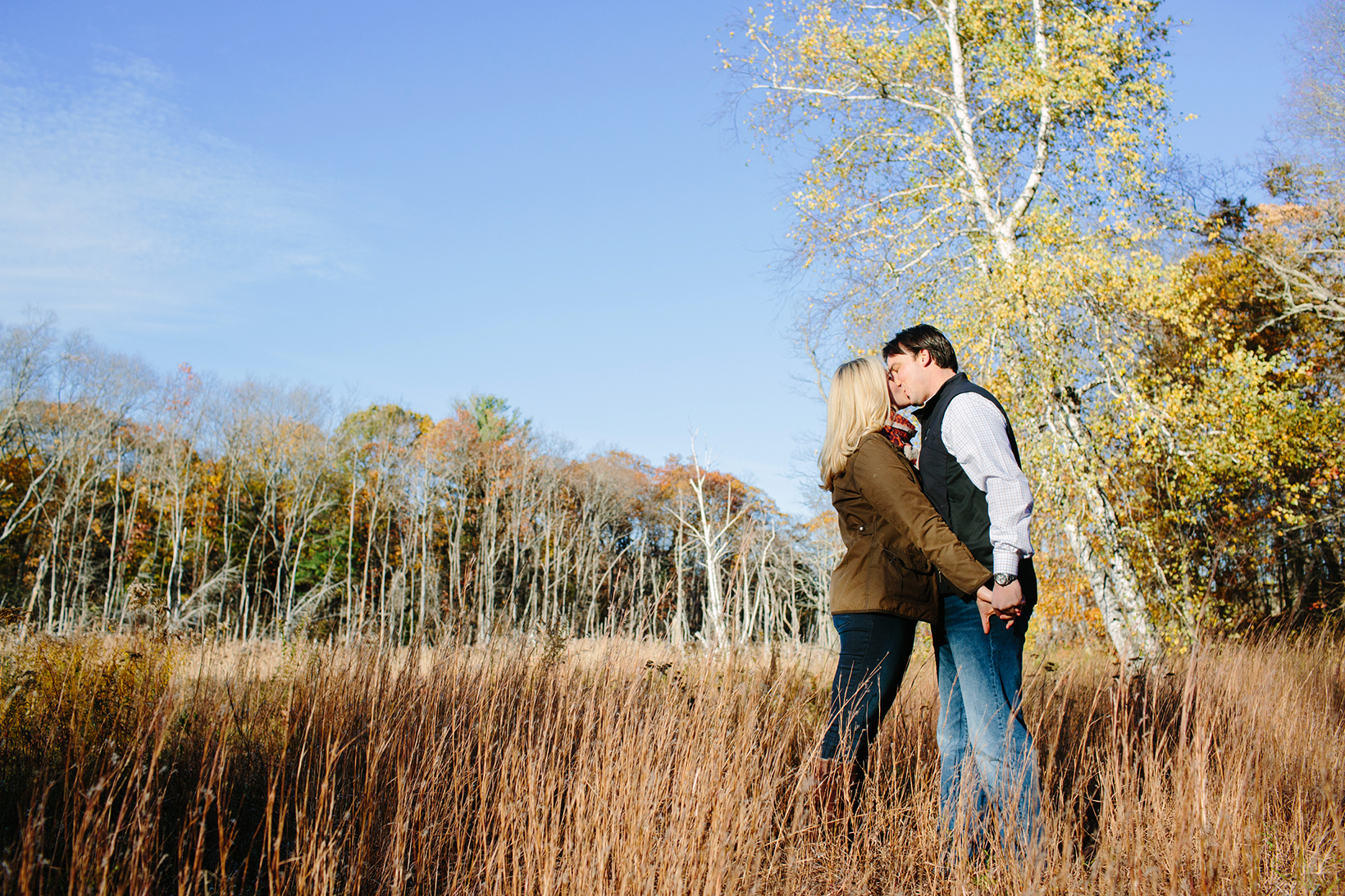 Cape Cod wedding blog photo from Stacey Hedman | Photography about Foliage Engagement at World's End